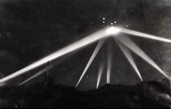 Batalla de los Ángeles, 1942