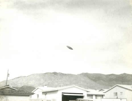 Fotografías de un supuesto disco volador encontradas 52 años después